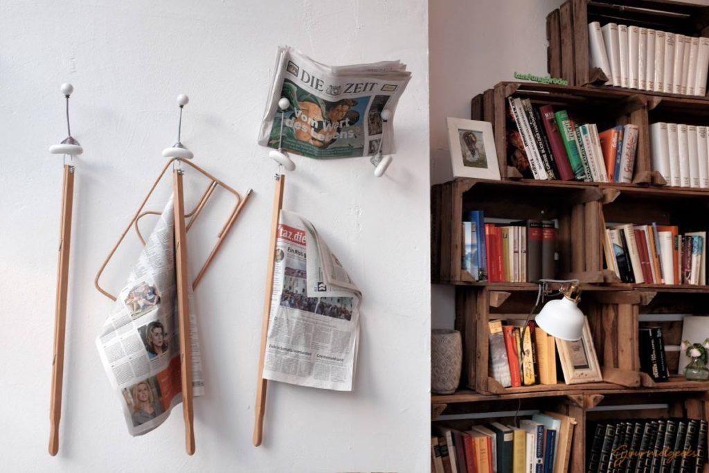 Tageszeitungen & Bücher