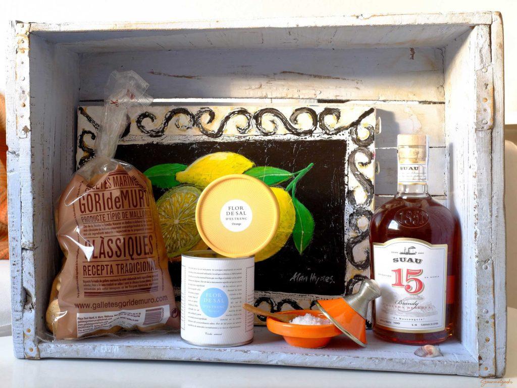 Kiste, früher für Sardinen, heute für Mitbringsel