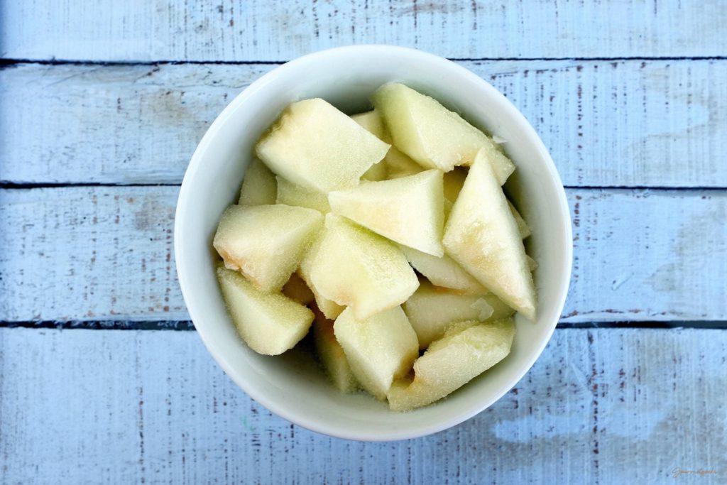 Hartgefrorene Melonenstücke