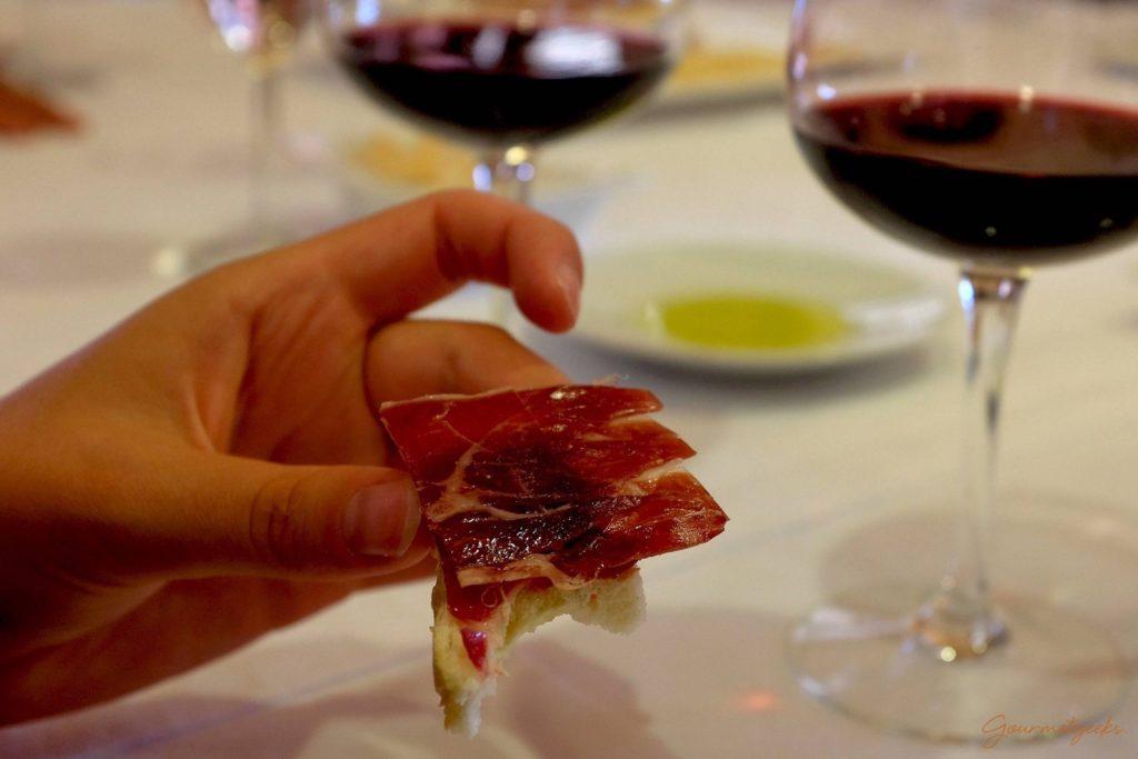 Leckere Begleitung zum Wein: Jamón de Serrano