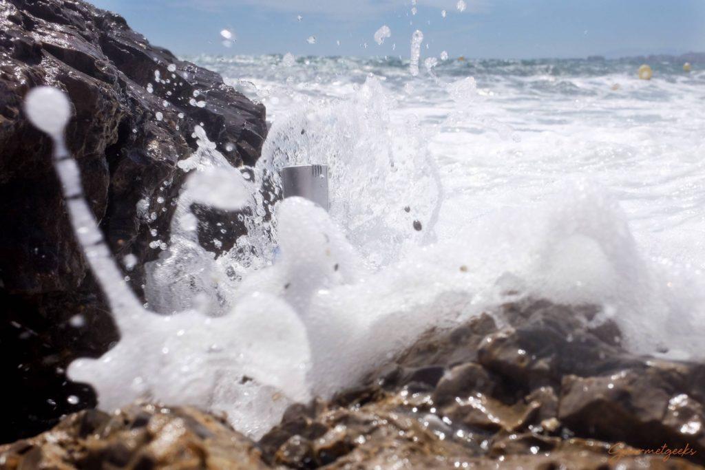 ...die Welle kommt...