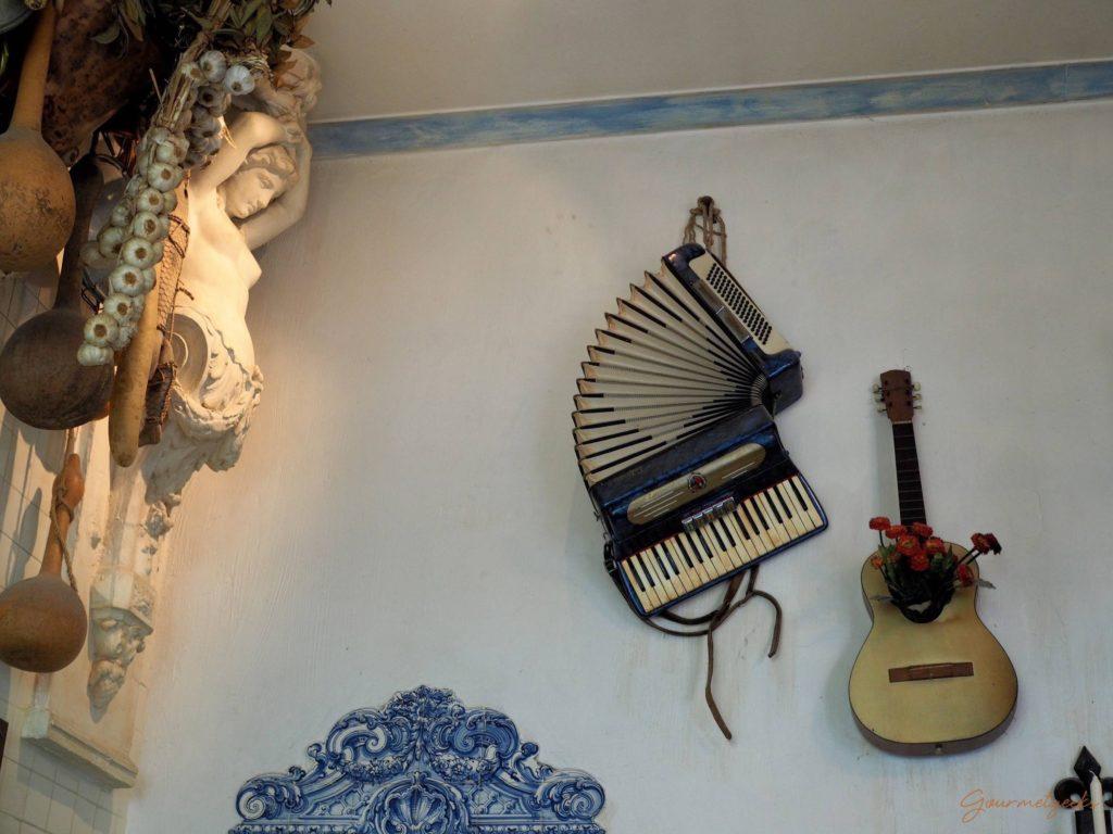 Musik an der Wand