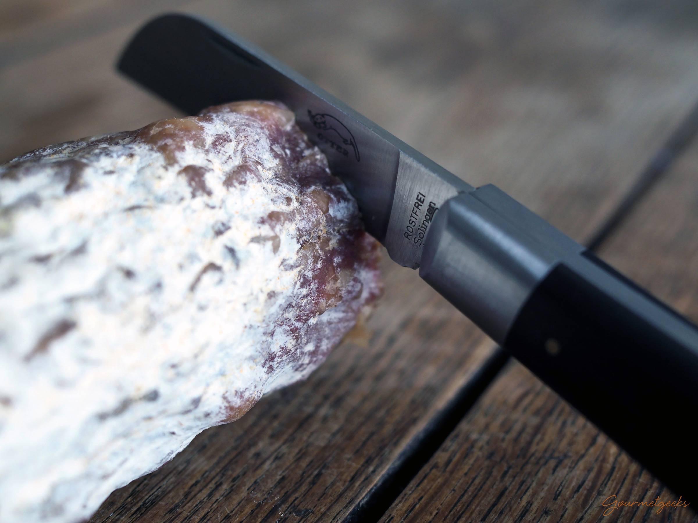 ...oder Salami zu schneiden