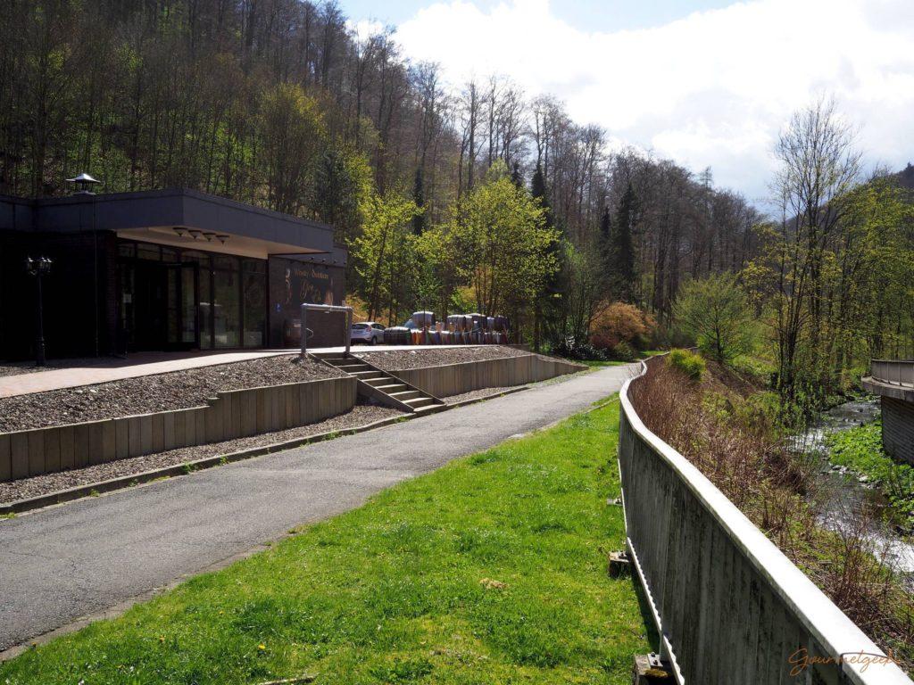 Die Hammerschmiede / Glen Els Distillery direkt am Elsbach in Zorge gelegen