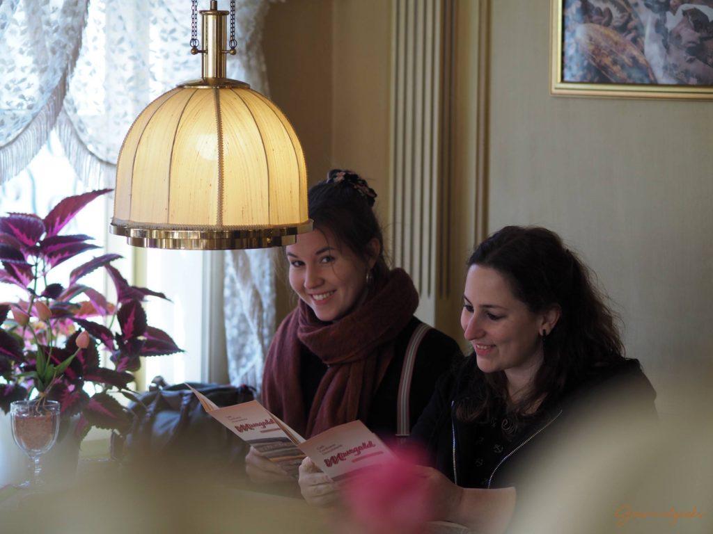 Klassische Gemütlichkeit im Café Mangold