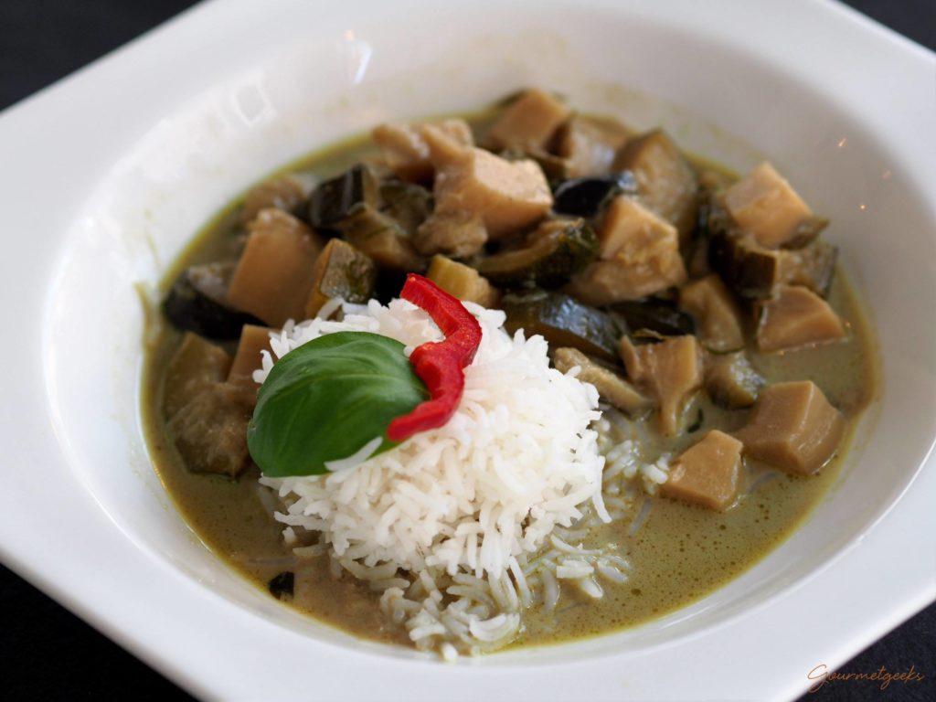 Grünes Thai-Curry mit Basmatireis (v)